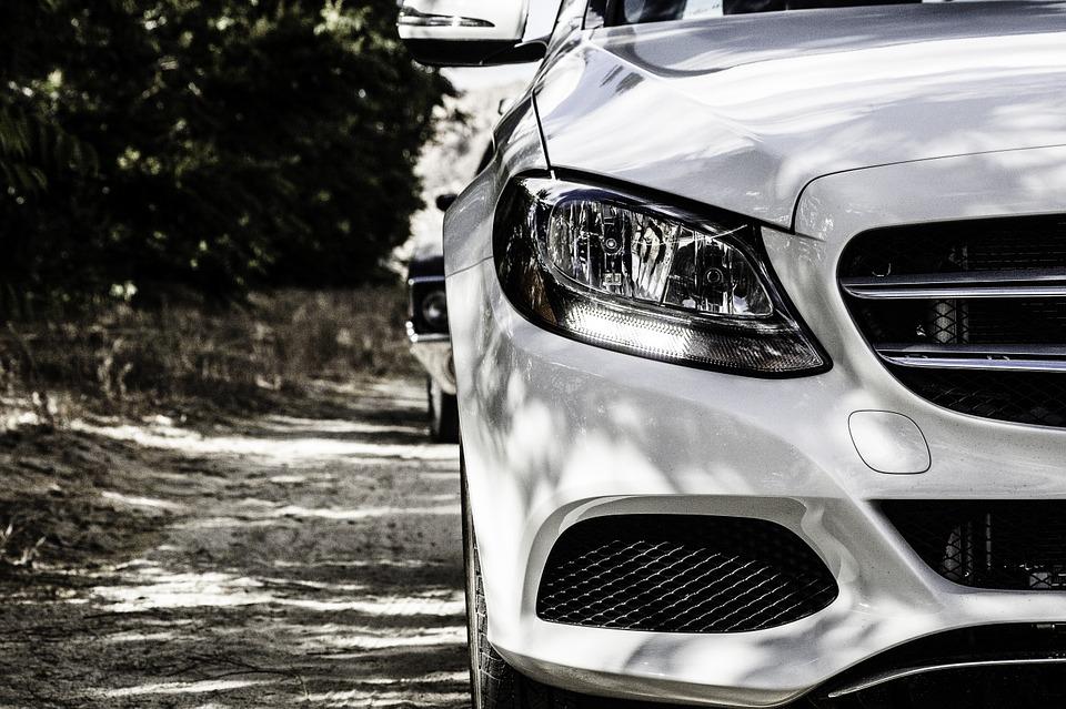 Assurance auto : que couvre l'assurance au tiers ?